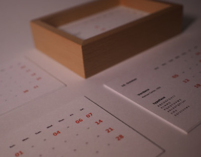 Package : 2014 typeface calendar  for holiday