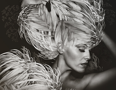 Fashion meets Feathers