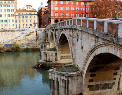Italian Cityscape & Architecture