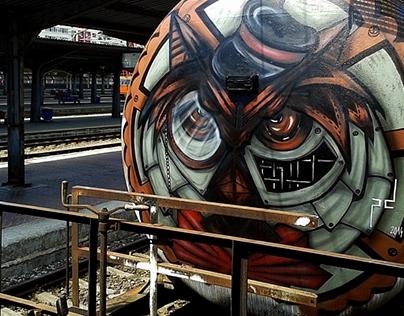 Steampunk owl conductor
