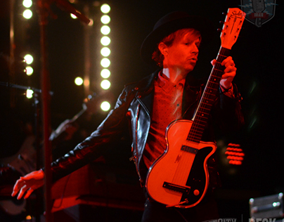 Concert Photography BECK Live @ The First City Festival