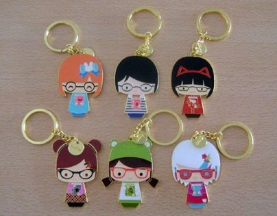 Momiji Book Club Dolls enamel key chains