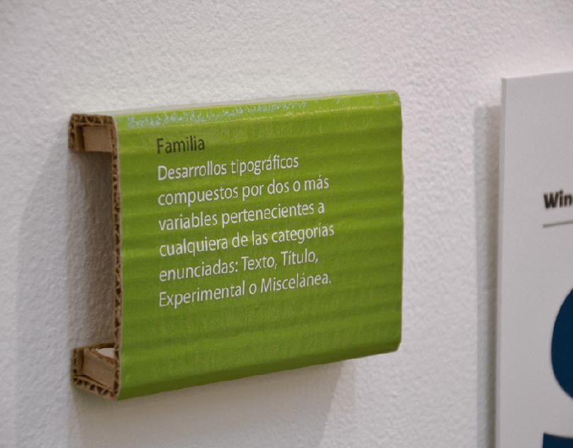 Tipos Latinos. Eco Signage.