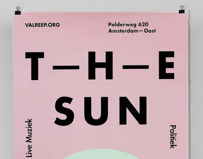 The Sun Rises in the East — Op de Valreep