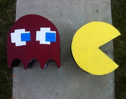 Halloween Costume: Pacman and Ghost