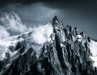 Mountains of Mist