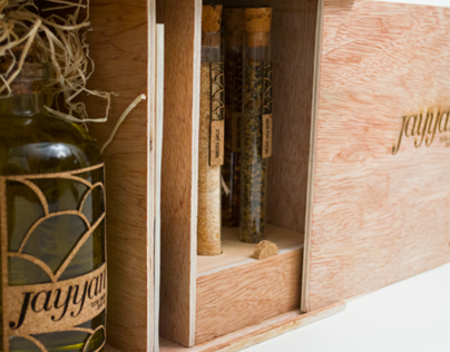 Jayyan Olive Oil Brand and Seasonal Packaging