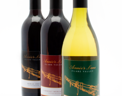 Annie's Lane wine labels