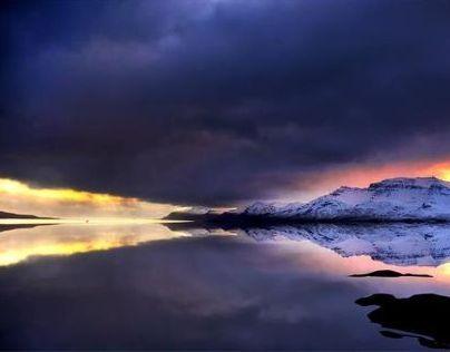 Iceland like a mirror