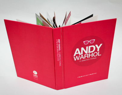 Pop Up Book : Andy Warhol 15 Minutes Eternal