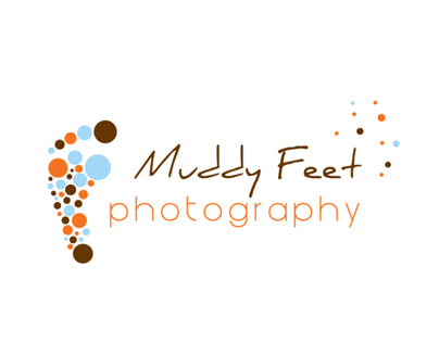 Muddy Feet Photography Logo