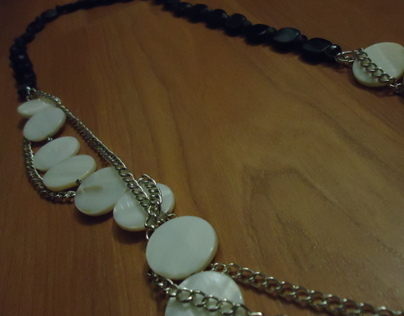 DIY Jewelry: B/W with Chains Necklace