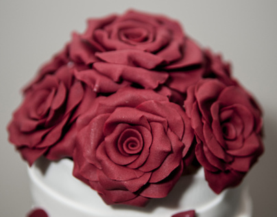 Burgundy Roses Wedding Cake