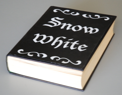 Typography Project - Snow White (Incomplete)