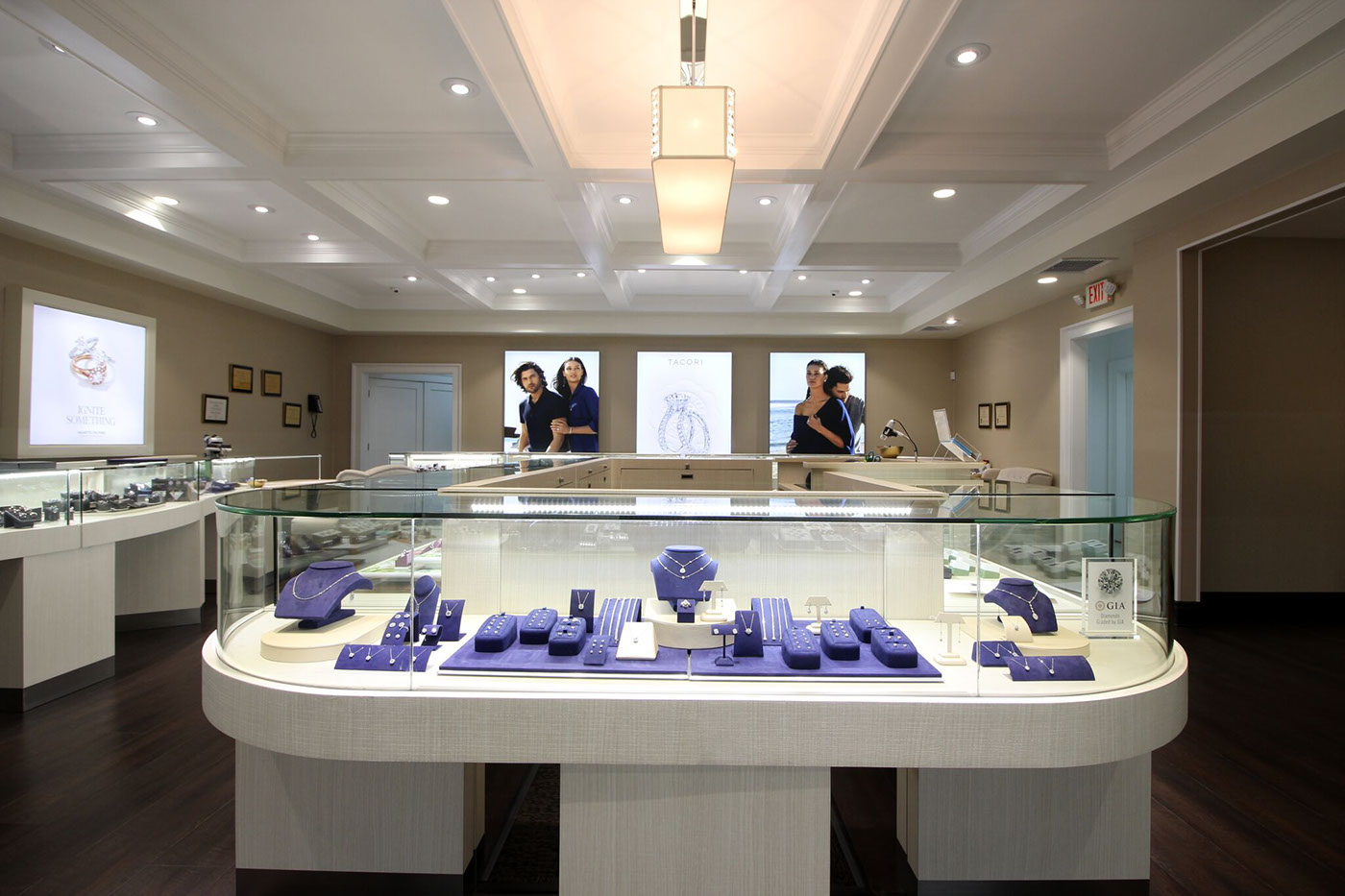 Jewelry Store Design & Lighting