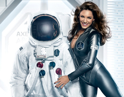 AXE - KELLY BROOK