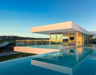 Villa Escarpa by The Oakridge Partnership Ltd