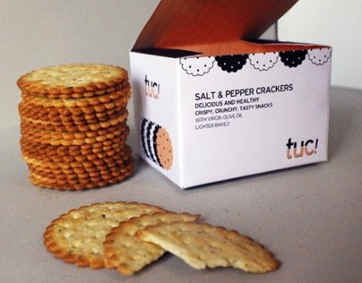 tuc! salt & pepper crackers
