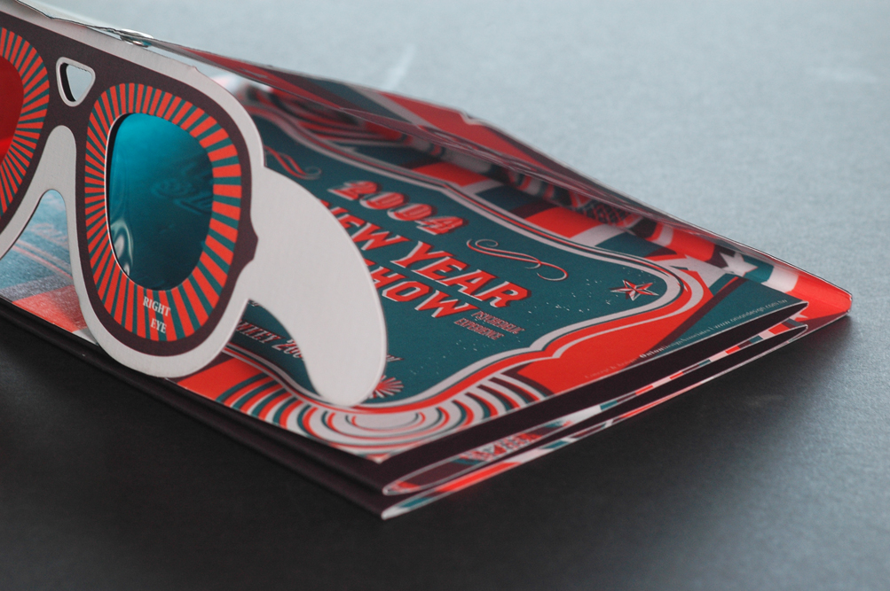 Calendar with 3D glasses