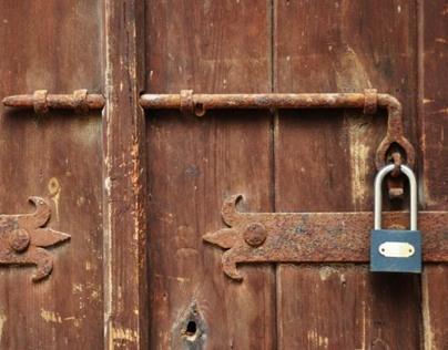 Doors and Walls, Cyprus