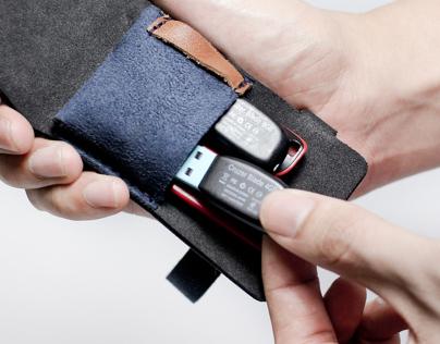 CRUX - Techtile USB Storage Pouch