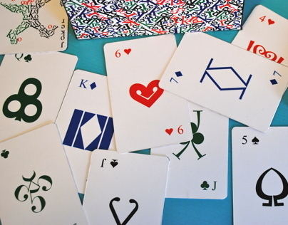 Naipes tipográficos // Typographical Poker Cards