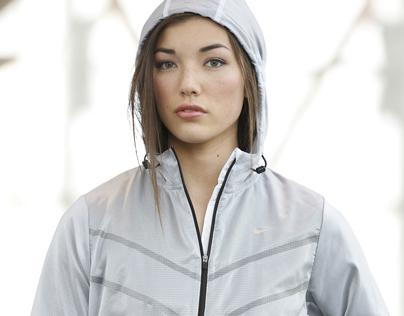 Nike Womens Shoot