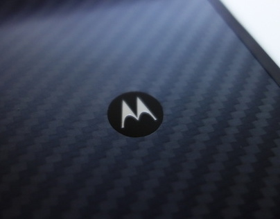 MOTOROLA Loves Android