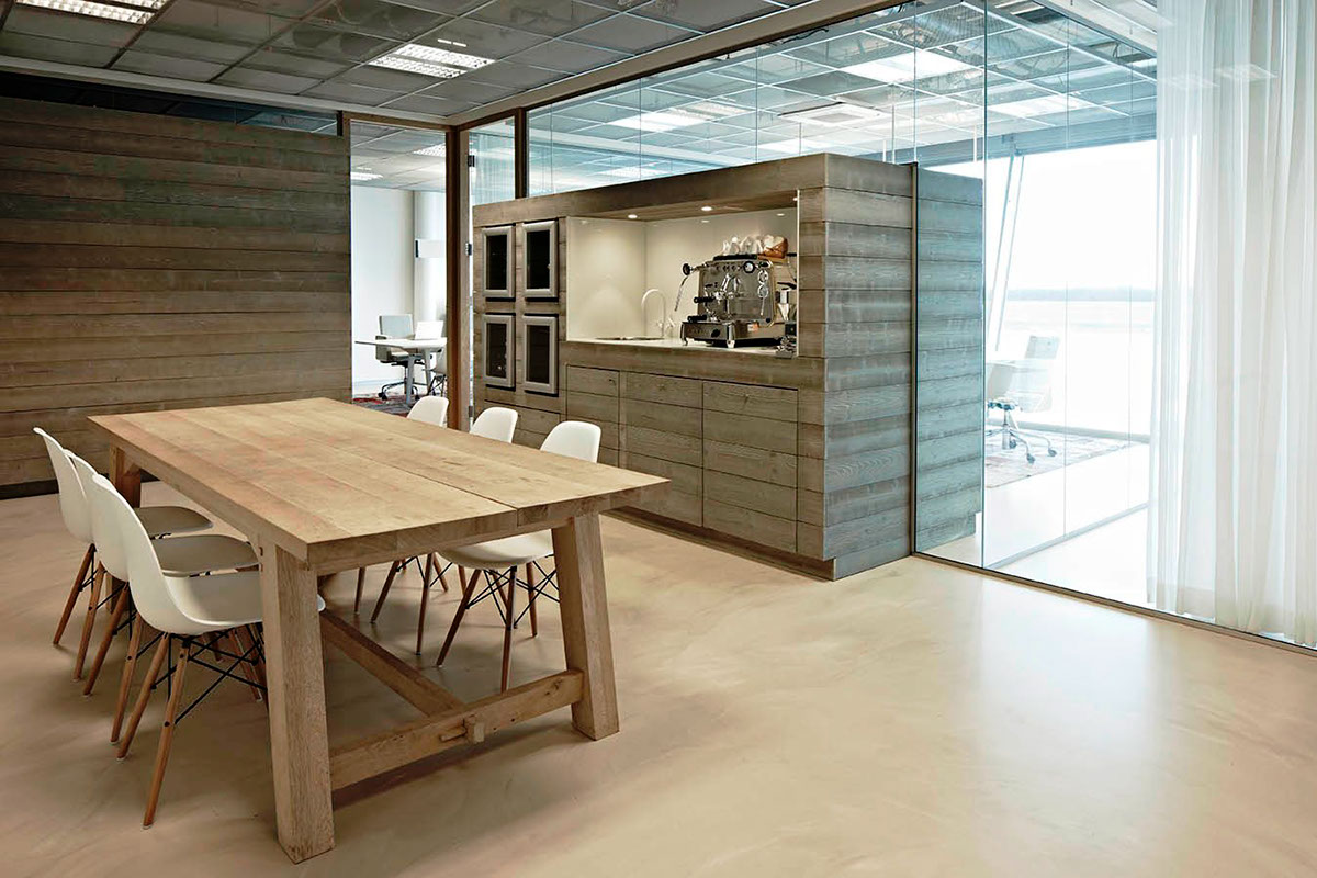 2012: Belvedair OFFICE Eindhoven Airport by M+R