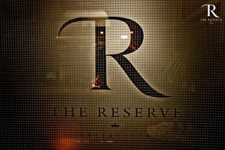 .: THE RESERVE club/restaurant