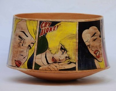 vintage / retro comics on ceramic surface