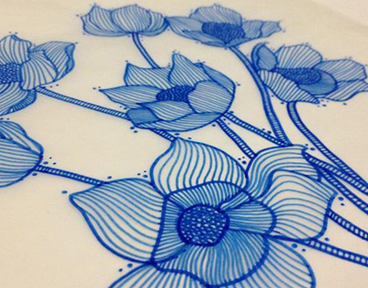 Blue-red flower pattern