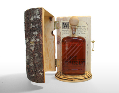GRIZZLY Whiskey - Bottle & Packaging