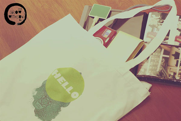 Hello Tote Bag is out :)